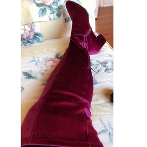 Avenue over knee boots